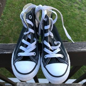 Converse Chuck Taylor all star youth size 11